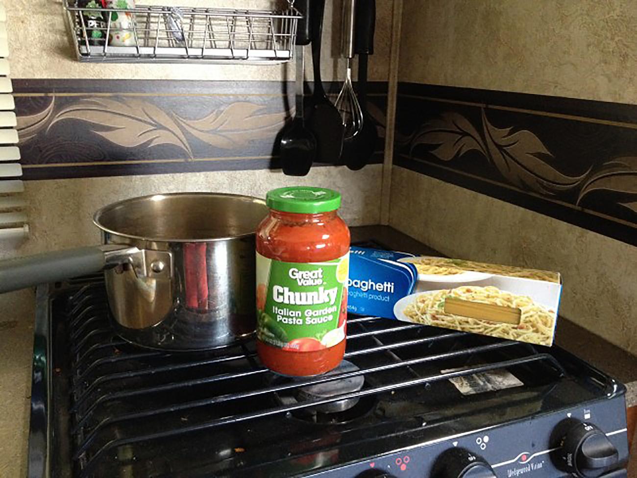 One pot spaghetti in the camper